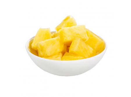 Ananaswürfel mit Aufguss
