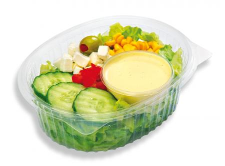 """Salat mit weißem Käse und Dressing """"Lockwitzer"""""""